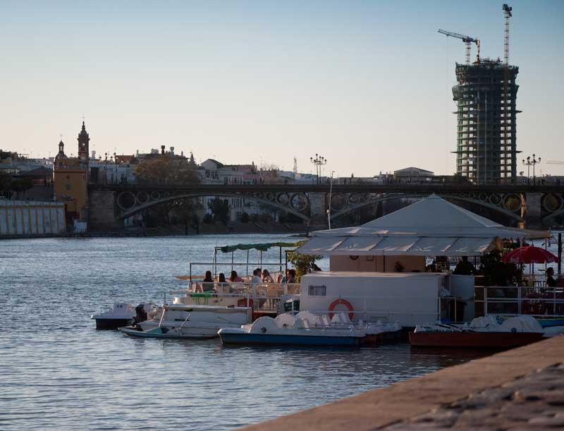 Río GUadalquivir en Sevilla